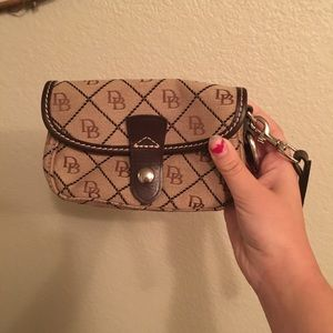 NWT Dooney & Bourke Brown Wristlet Wallet